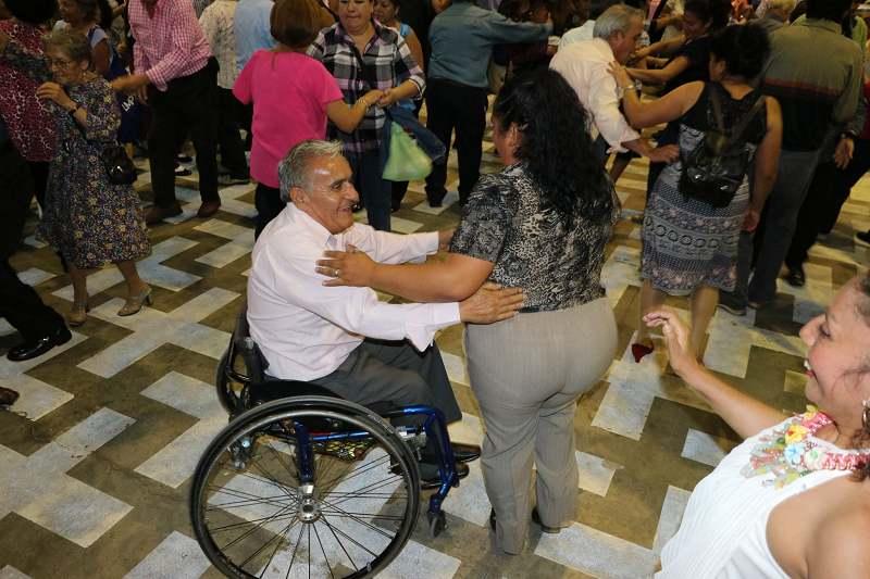 Baila para adultos mayores