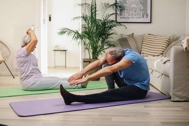 Beneficios de la gimnasia para adultos mayores