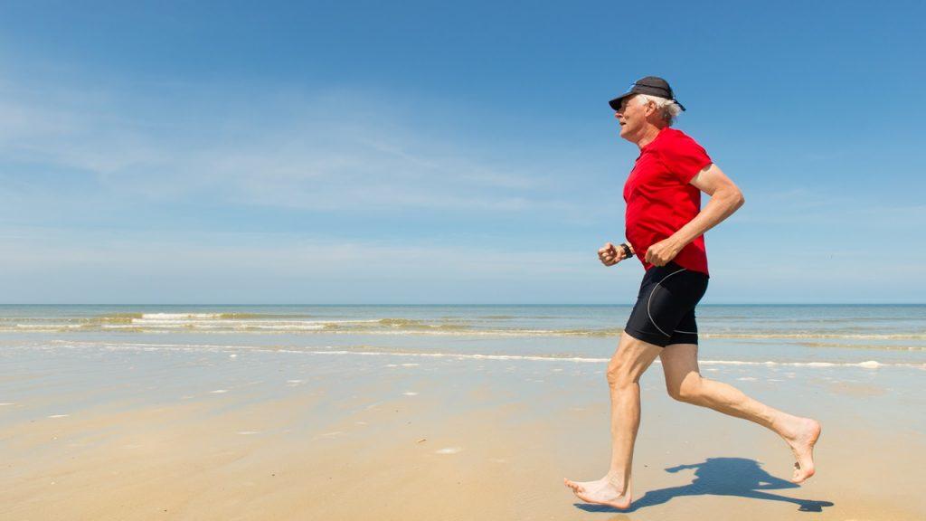 Ejercicios para potenciar las funciones motoras en los adultos mayores